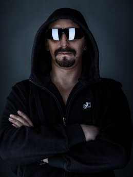 Aleksandr Aks