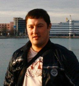 Павел Ли