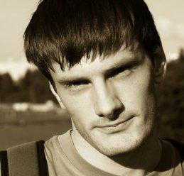 Александр Незнанов