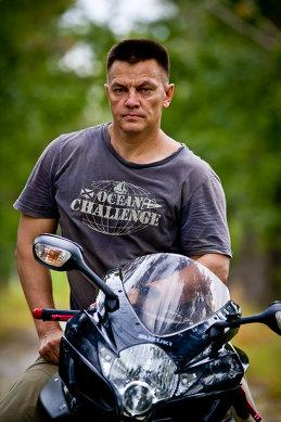 Андрей Сурин
