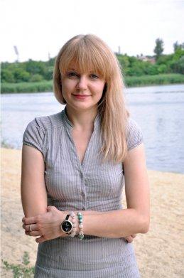 Анастасия Cова