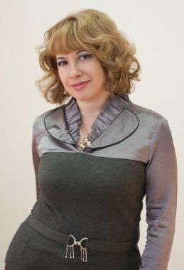 Елена Бакай