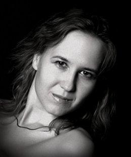 Sofiya Bond