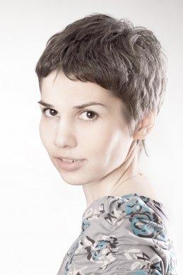 Елена Любителева