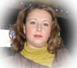 Юлия Сахарова