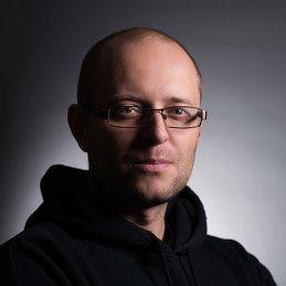 Станислав Хохолков