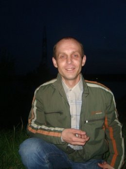Олег Чекарев