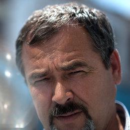 Валерий Черняк