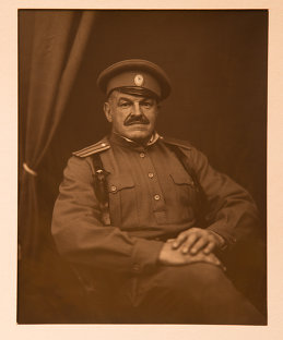 Михаил Антонов