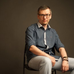 Роман Савенко
