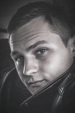 Дмитрий Крестоварт