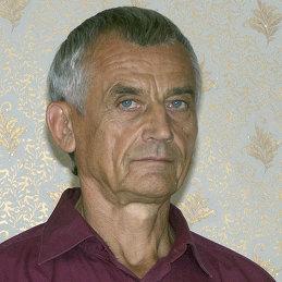 Геннадий Пустовой