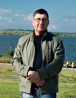 Александр Лихачёв