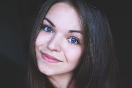 Анастасия Кобзарь