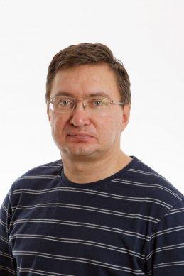 Андрей Старков
