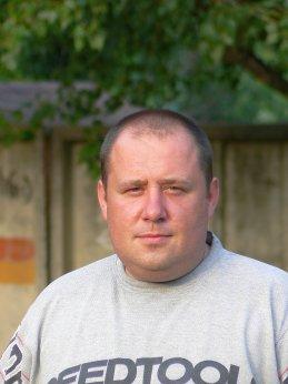 Олег Ивасенко