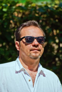 Евгений Бурцев