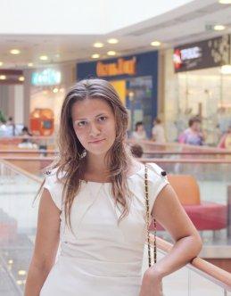 Алена Каблукова