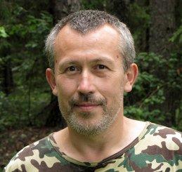 Юрий Емельянов