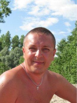 Александр Голев