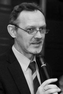 Александр Светлов