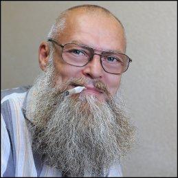 Георгий Ларионов