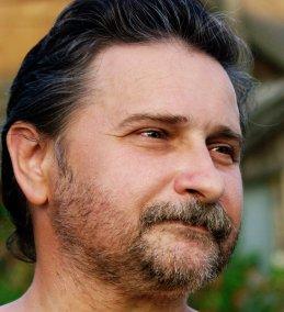 Игорь Галанин