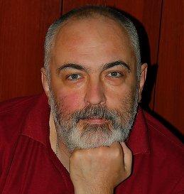 Владимир Холодов