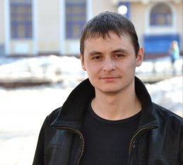 Лев Буянов