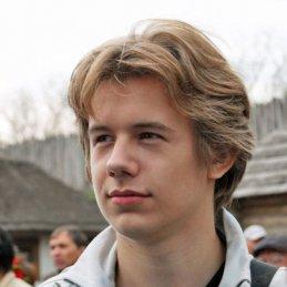 Евгений Хаустов