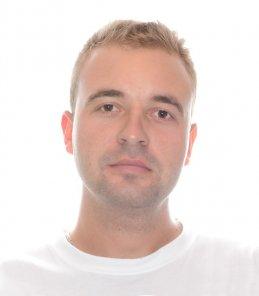 Максим Лавриненко
