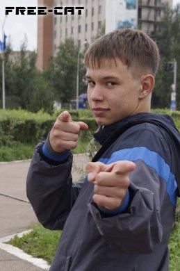 Артем Мельников