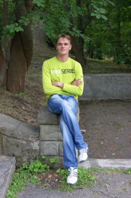 Дмитрий Уваров