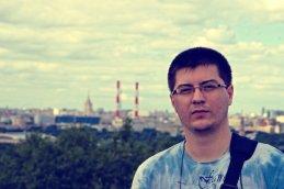 Максим Астахов
