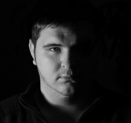 Денис Колесников