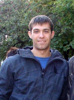 Антон Стариков
