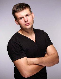 Денис Шарпов