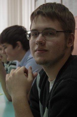 Антон Дёжин