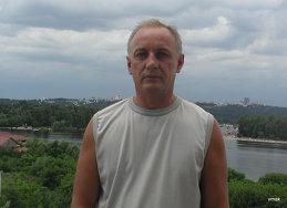 Vitaliy Mak