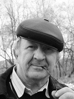 Виктор Сухрников