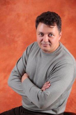 Александр Крутев