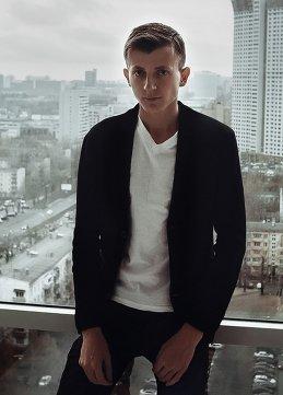 Антон Шабунин