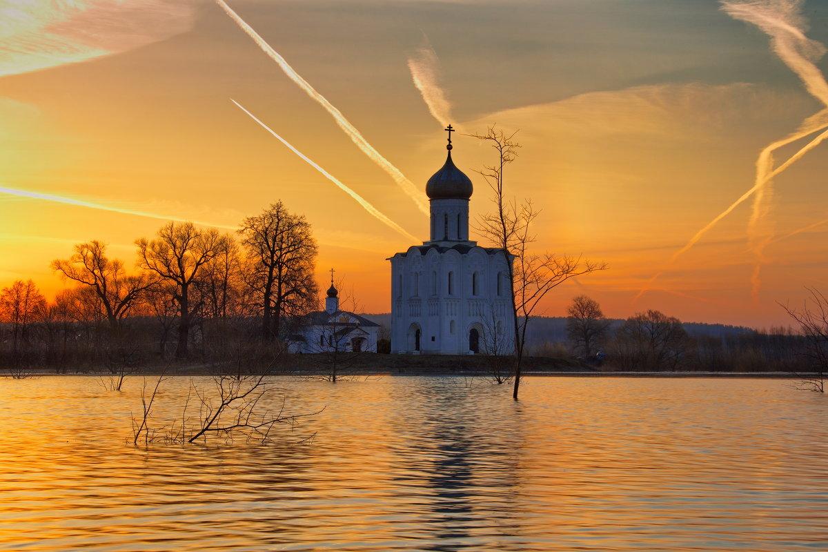 Восход на Нерли - Leonid 44