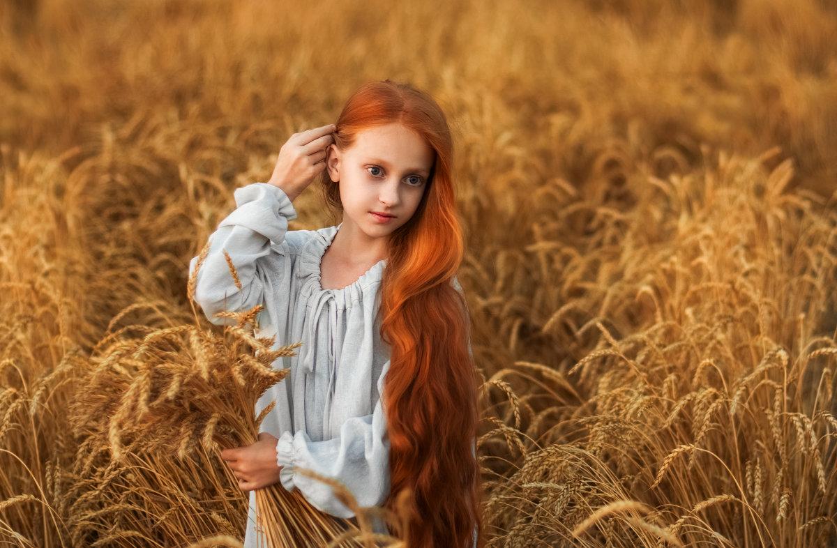 Поля в поле - Екатерина Краснова