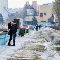 Весна на Набережной :: Игорь Чижов