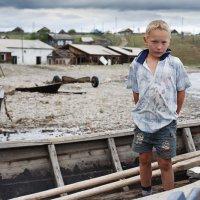 Мальчик из села Байкальское :: Вячеслав Никитин