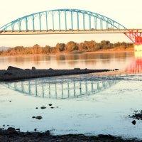 Мост через Енисей. :: Наталья Матонина