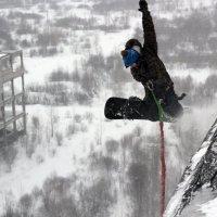 На сноуборде с крыши!!! :: Дмитрий Арсеньев