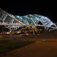 Тбилиси. Хрустальный мост. :: Жанна Ленц
