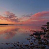 Пейзаж с луной :: Максим Судаков